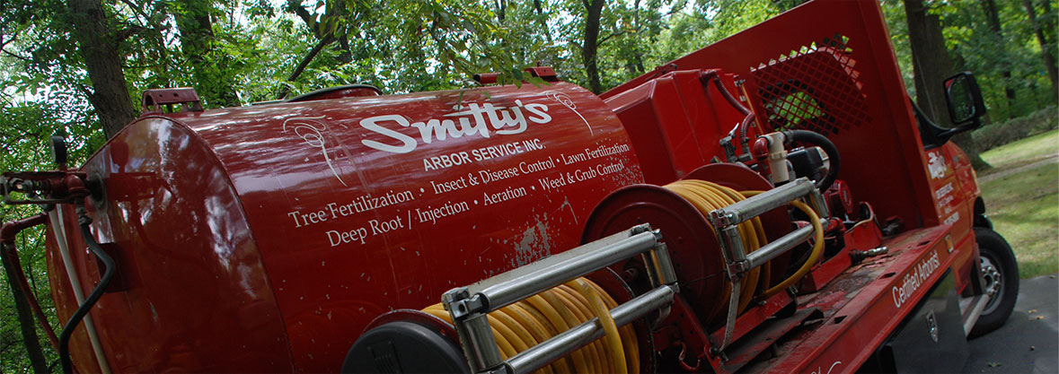 Image of a Smitty's Tree Care truck